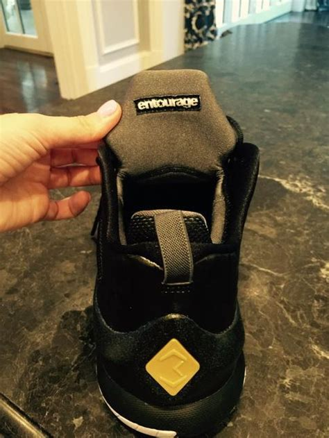 wahlberg shoes entourage and brand teamed up for a special