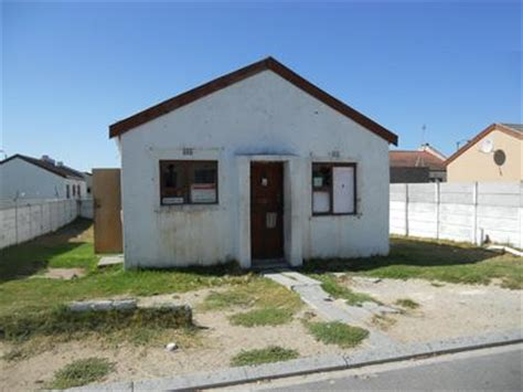 Floor Plan Bungalow Type standard bank repossessed 2 bedroom house for sale for