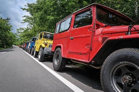 Scissor Land In Japan by Land Cruiser 40 Meeting East Mount Fuji Japan