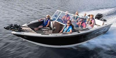 sport craft boat values 2013 crestliner inc 2150 sportfish sst standard