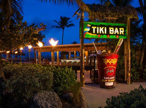 Tiki Bar   Bars In Islamorada   Postcard Inn Beach Resort & Marina