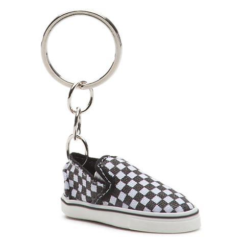 Tendencies Accessories Black Servizio Keychain slip on keychain shop at vans