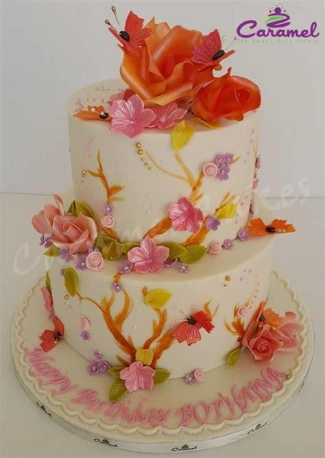wedding cake qatar birthday cakes birthdays and cakes on