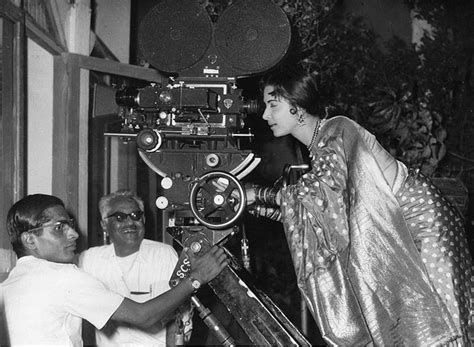 waheeda rehman guide movie hairstyles photo guru dutt s death was a mystery no one knew for sure