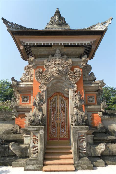 grand design hindu indonesia file kori agung tmii bali pavilion jpg wikimedia commons