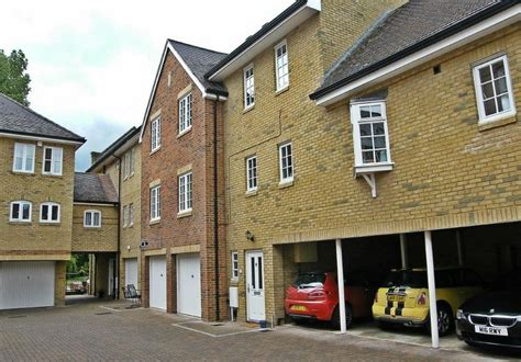 rent townhouse 2 bedrooms al 2 bedroom townhouse to rent st neots