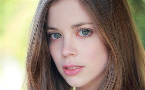 charlotte hope wallpapers images  pictures backgrounds