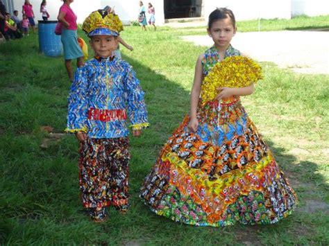 trajes tipicos de la region con material reciclado apexwallpapers como hago un traje t 237 pico con materiales reciclado imagui