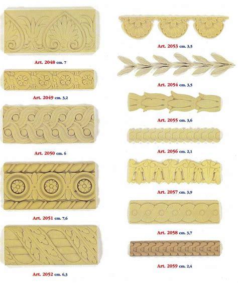 decori per cornici fregi in legno decorazioni in legno grezzo e pressato
