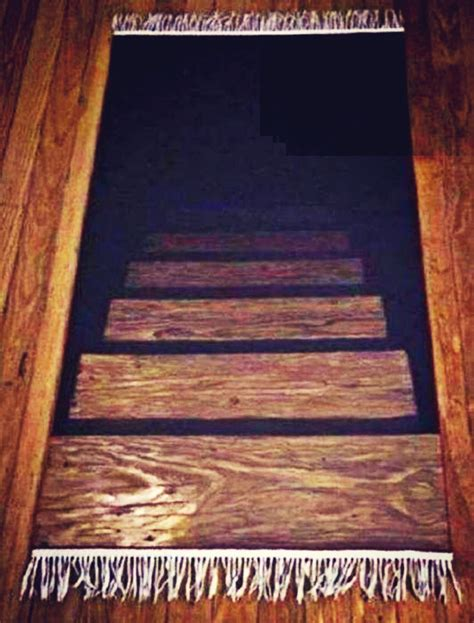 Rug That Looks Like Stairs Going by The Illusion Of Stairs Awesome Rug Products