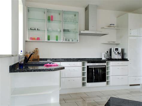 einbauküche klein wohnzimmer gestalten klein
