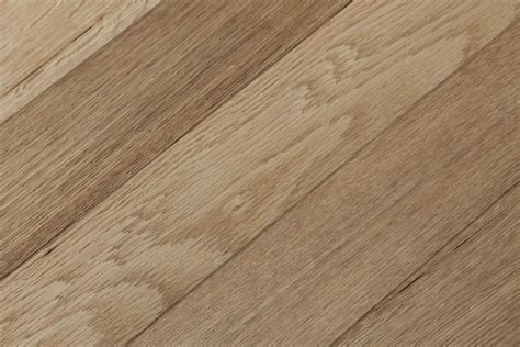Herringbone French Oak   Heart