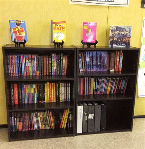 bookshelves for classroom library curating a 5th grade classroom library the brown bag