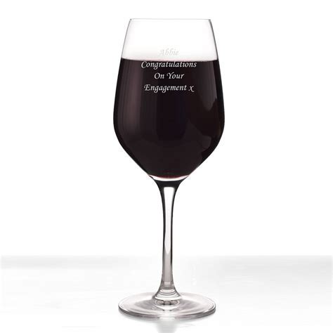 Red Wine Glass Personalised Dartington Crystal   Engraved