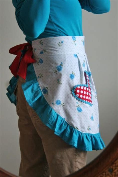 free sewing pattern half apron apron pattern free patterns and apron tutorial on pinterest