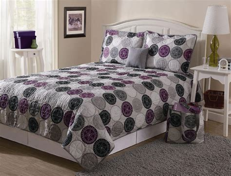 Quilt Set by Essential Home 5 Pc Quilt Sets Only 17 99 Reg 45