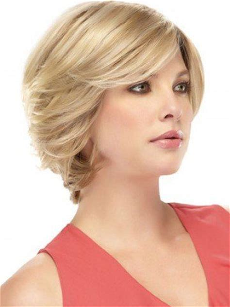 short hair styles with height ar crown short hair with height at crown and feathered sides 25