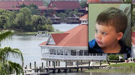 father of toddler killed at disney resort says two alligators were matt melissa graves 5 fast facts you need to know
