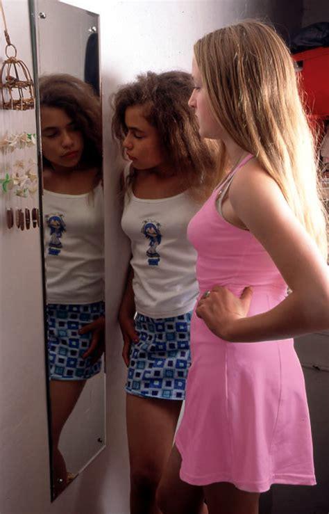 precocious puberty girl breast buds belong eqa girl puberty hurmmmm