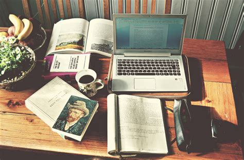 7 Supplies That Make Studying Easier by When Meets Studying