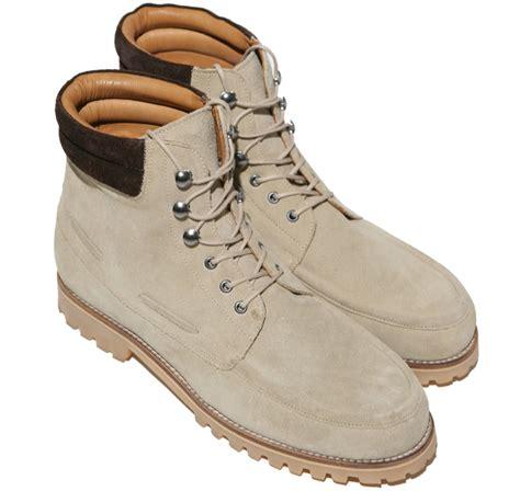 Sepatu Boot Wanita Pecinta Touring Bikers Keren Kickers Femme Boot 1 indra lesmana 5 macam sepatu boot trendi yang wajib kamu punya