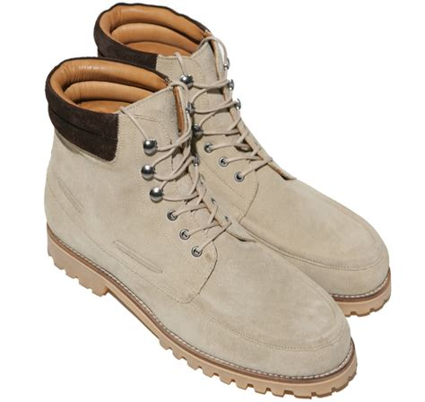 Sepatu Boot Hijau pakaian daerah macam macam sepatu