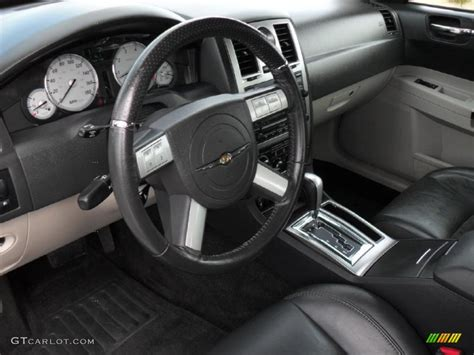 2006 Chrysler 300c Interior by Image Gallery 2006 Chrysler Interior