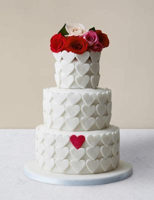 serene heart chocolate sponge wedding cake serves  ms