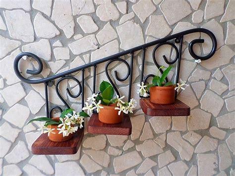 fioriere da muro fioriere da muro in ferro battuto con l arte ferro