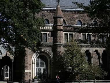 Yale Part Time Mba by Yale Names Iim A Alumnus To Top Post Firstpost