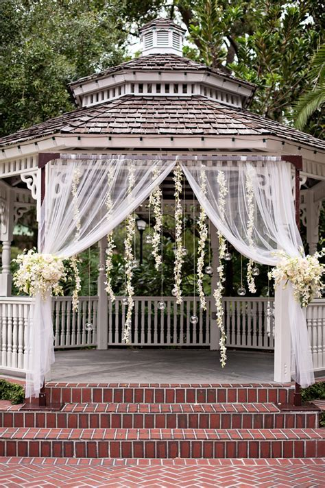 Gazebo Wedding Decorating Cake Ideas and Designs