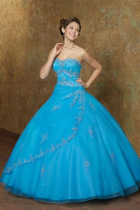 de quinse y sela cojen blue quinceanera dresses dressed up girl