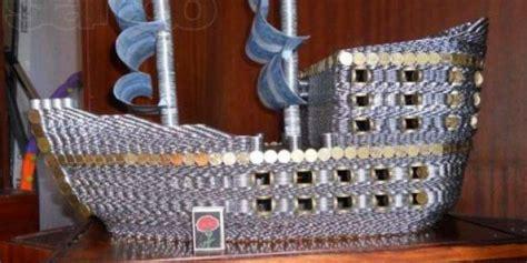 membuat powerbank dari koin unik miniatur kapal ini terbuat dari 17 000 uang koin