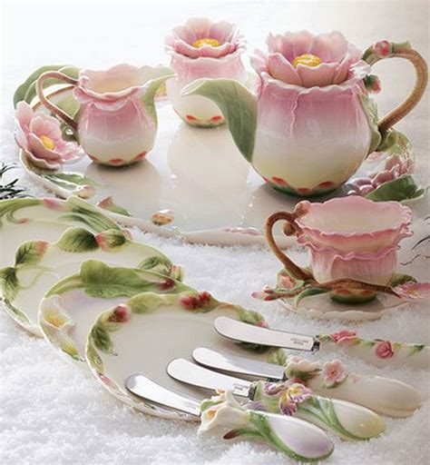 japanesse tea set pink flower pink flower tea set teapots cups and saucers