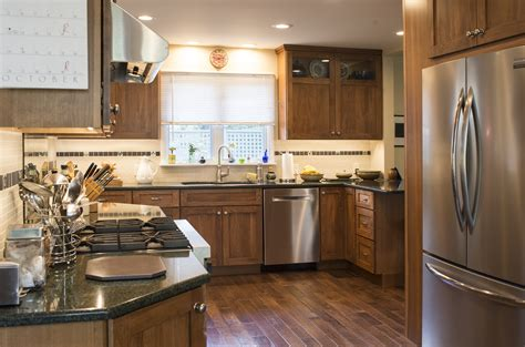two essential elements for beautiful custom kitchens