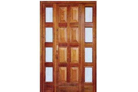 portone d ingresso in legno portoni in legno portoni in legno lamellare e massello