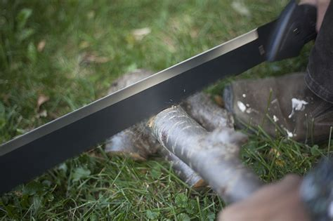 gator machete review gerber gator machete saw back outdoor knife review