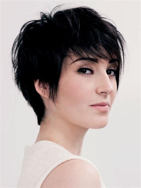 feminine  fashionable short haircut  lift   roots