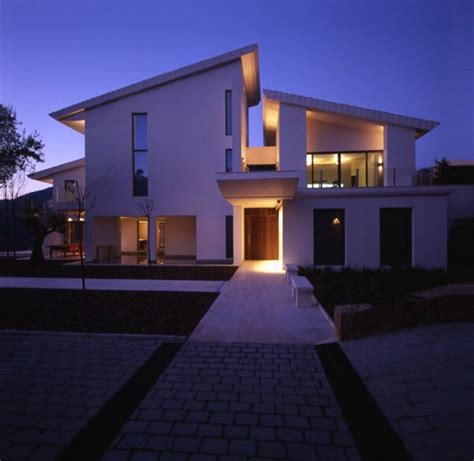 modern contemporary house designs white contemporary modern house design iroonie