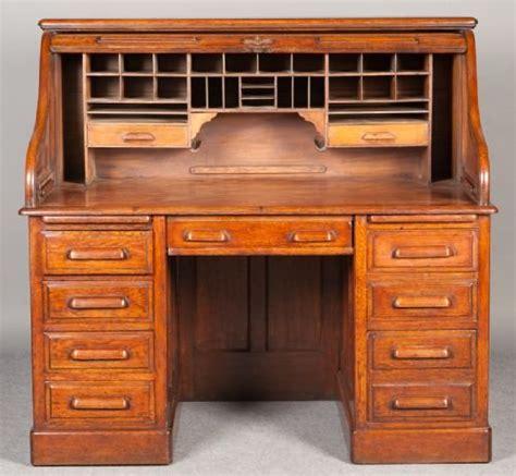 Globe Wernicke Roll Top Desk globe wernicke roll top desk 154284 sellingantiques co uk
