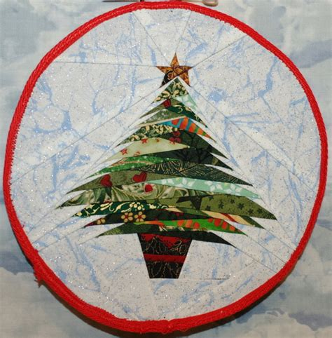 paper christmas ornaments patterns issue 61 quilts with style tree ornament foundation paper pieced pattern 6 quot circle