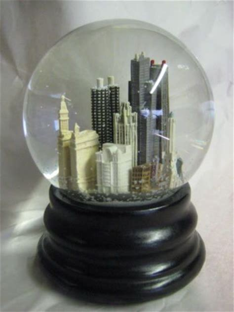 8 Snow Globes I by Saks Fifth Avenue Musical Snow Globe Dome Chicago