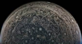 Jupiter Briefprobe Nasa S 1bn Juno Probe Just Sent Back The Most Amazing Images Of Jupiter So Far Diy Photography