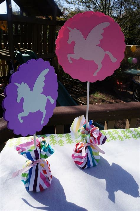 namesake design: rainbows and unicorns party   Favorites