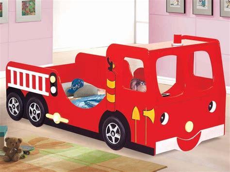 letto per bambini a forma di macchina lettini per bambini a forma di macchina design casa