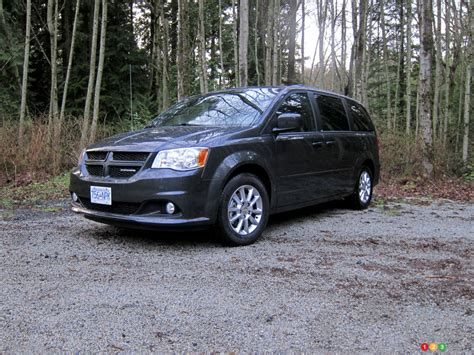 2012 dodge grand caravan automobile reviews 2012 dodge grand caravan r t car reviews auto123