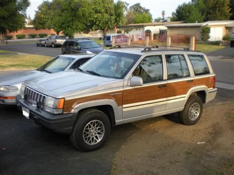 1993 Jeep Grand Wagoneer 1993 Jeep Grand Wagoneer Information And Photos Momentcar