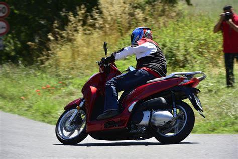 Honda Motorrad Sh300i by Honda Sh300i 2015 Test Motorrad Fotos Motorrad Bilder