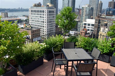 rooftop landscaping co op and condo roof garden new york city ny ny by jeffrey erb