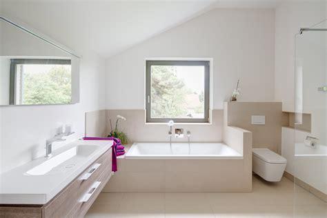 fliesen modern g 228 ste wc fliesen modern stil f 252 r badezimmer mit beige